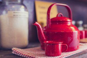 10 Easy Ways to Freshen your Kitchen Décor Add kitchen accessories