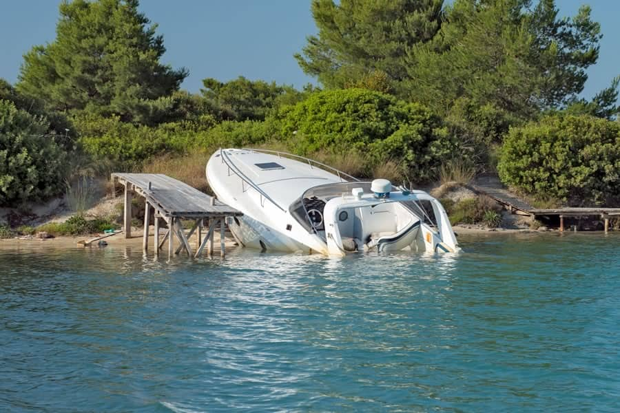 Boat Accident Injury Lawyer