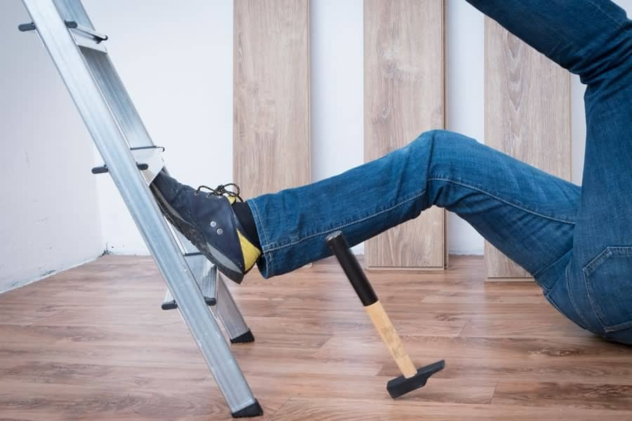 Worker Slip and fall from ladder