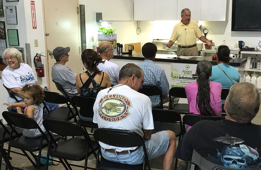 Educational Classes for community growers at the Urban Farming Institute.