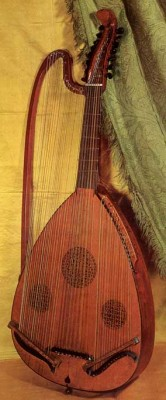 Queen Elizabeth the first's favorite instrument – the Poliphont.