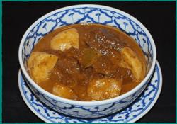 komol-thai-restaurant-beef-massaman