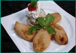 komol-thai-restaurant-fried-banana-with-ice-cream