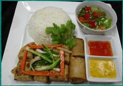 komol-thai-restaurant-lunch-special-tofu-garlic