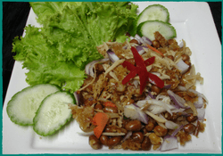 komol-thai-restaurant-nam-sod