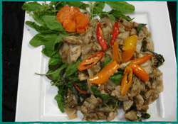 komol-thai-restaurant-pad-kee-mao