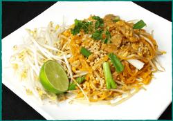 komol-thai-restaurant-pad-thai