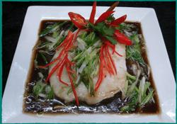 komol-thai-restaurant-steamed-sea-bass