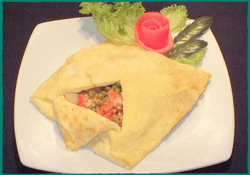 komol-thai-restaurant-stuffed-egg-omelette