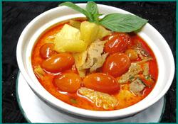 Komol Thai Restaurant - Soy Duck Curry