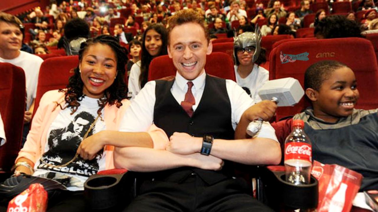 Tom Hiddleston Surprising His Fans