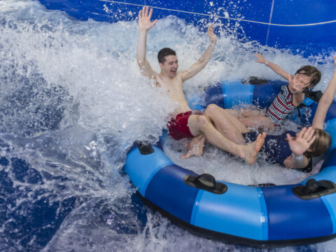 Poconos Water Parks: Celebrate Winter Break in 84 Degrees of Wonderful Wetness