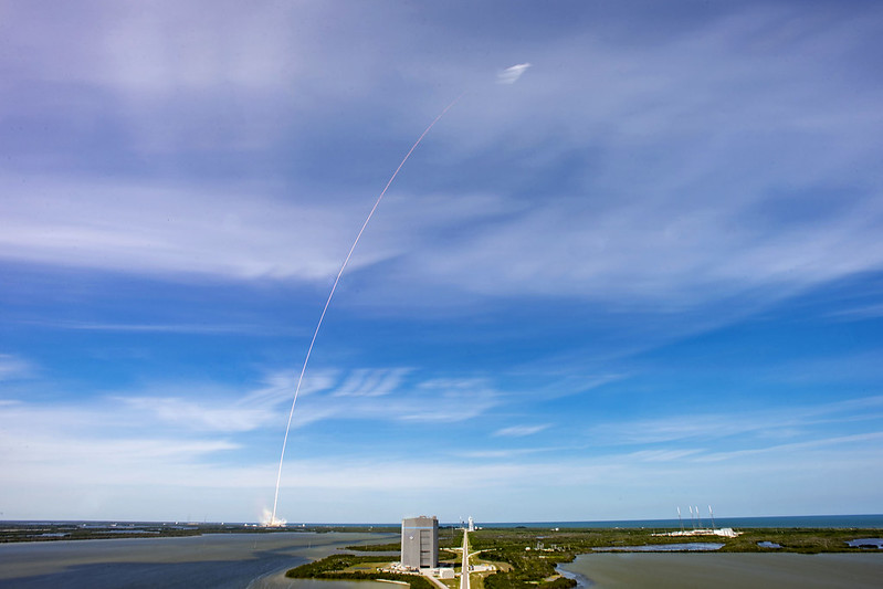 SpaceX Falcon 9 Launch Brings Total Starlink Satellites to 420
