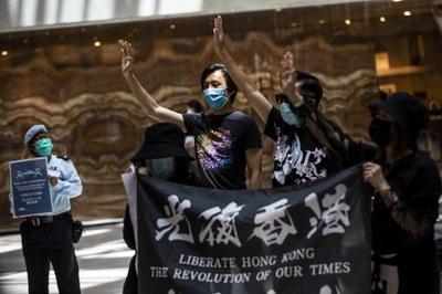 Hình minh hoạ. Người biểu tình đòi dân chủ ở Hong Kong hôm 1/6/2020