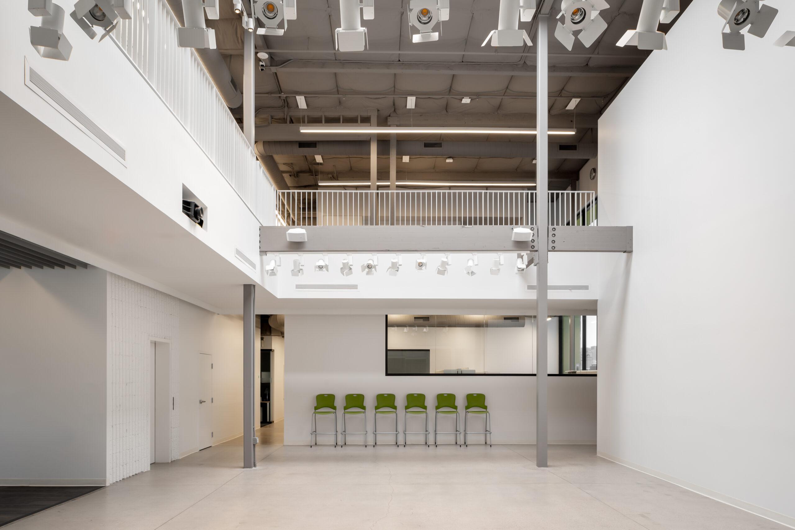Free Arts interior (6of11)