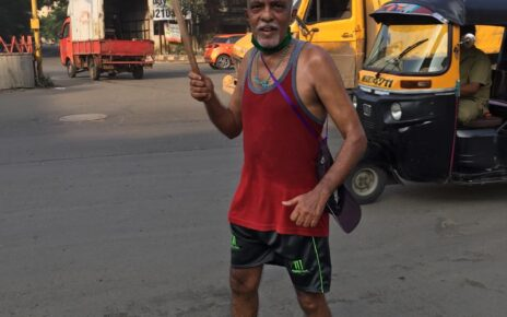 COVID-19 recovered Senior Citizen 'Cadbury Joe' ran 5 Kms to acknowledge Teacher's contribution