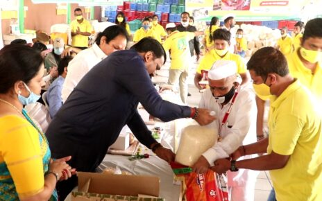 Making The Difference distributed ration kits to Dabbawala