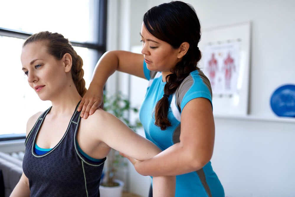 Recover faster from rotator cuff injuries with physical therapy