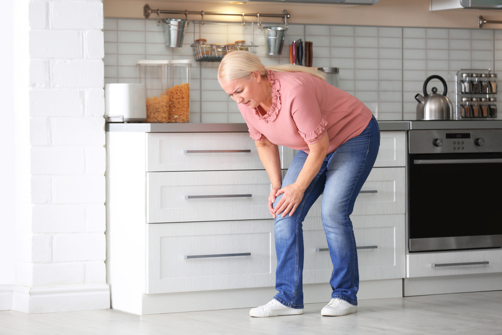 Kneecap Pain When Bending