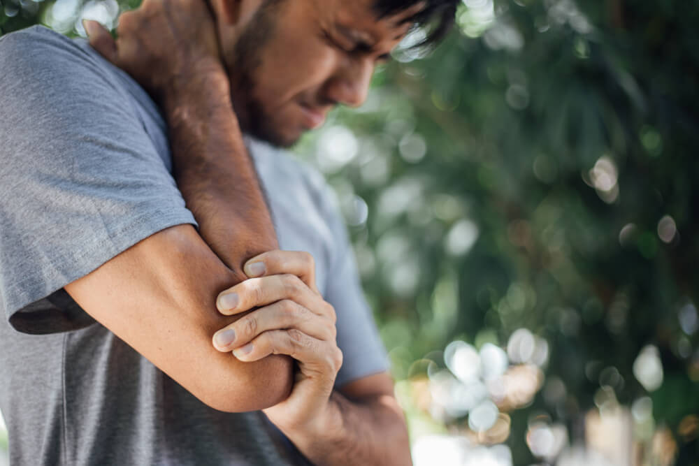 Three ways to reduce burning pain in your elbow