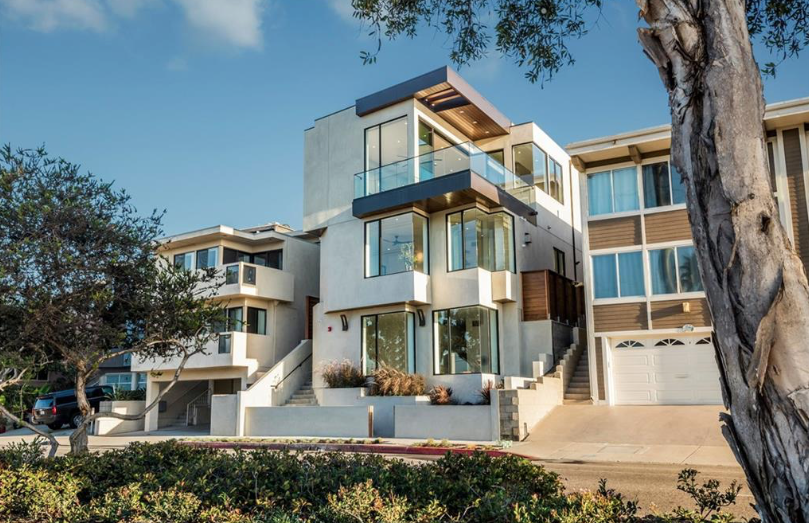 465 36th Place | Manhattan Beach
