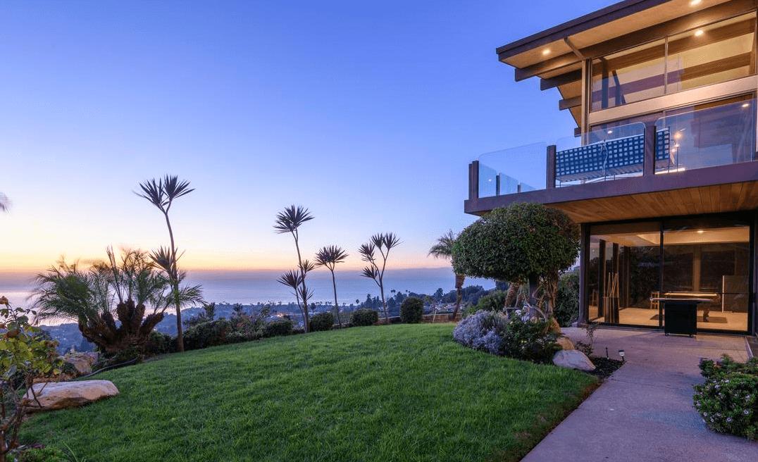 Marketplace article_Antonio Pierce home sells