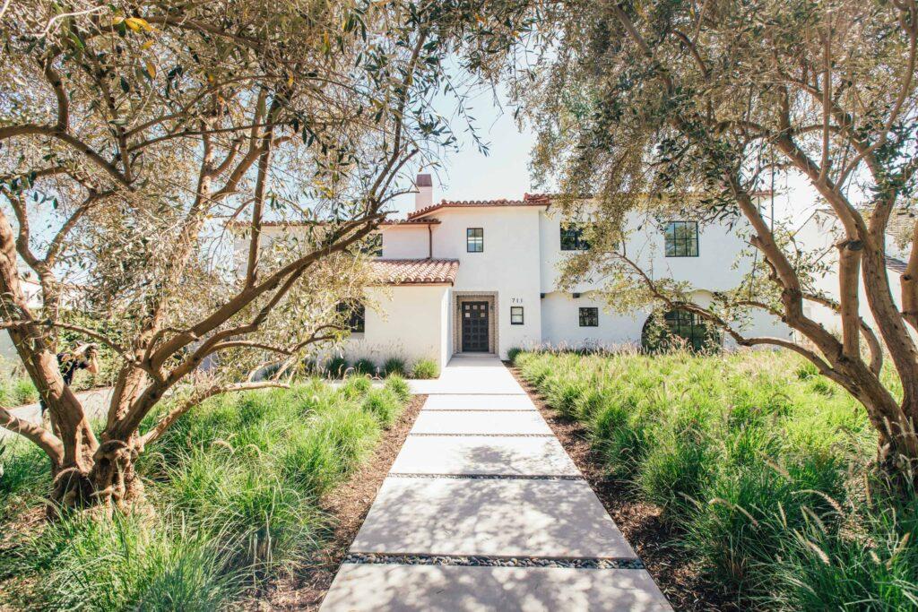 711walden_Contemporary Spanish Estate in Beverly Hills