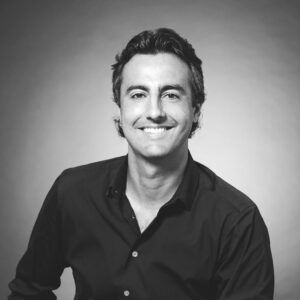 Sandro Dazzen, The Agency