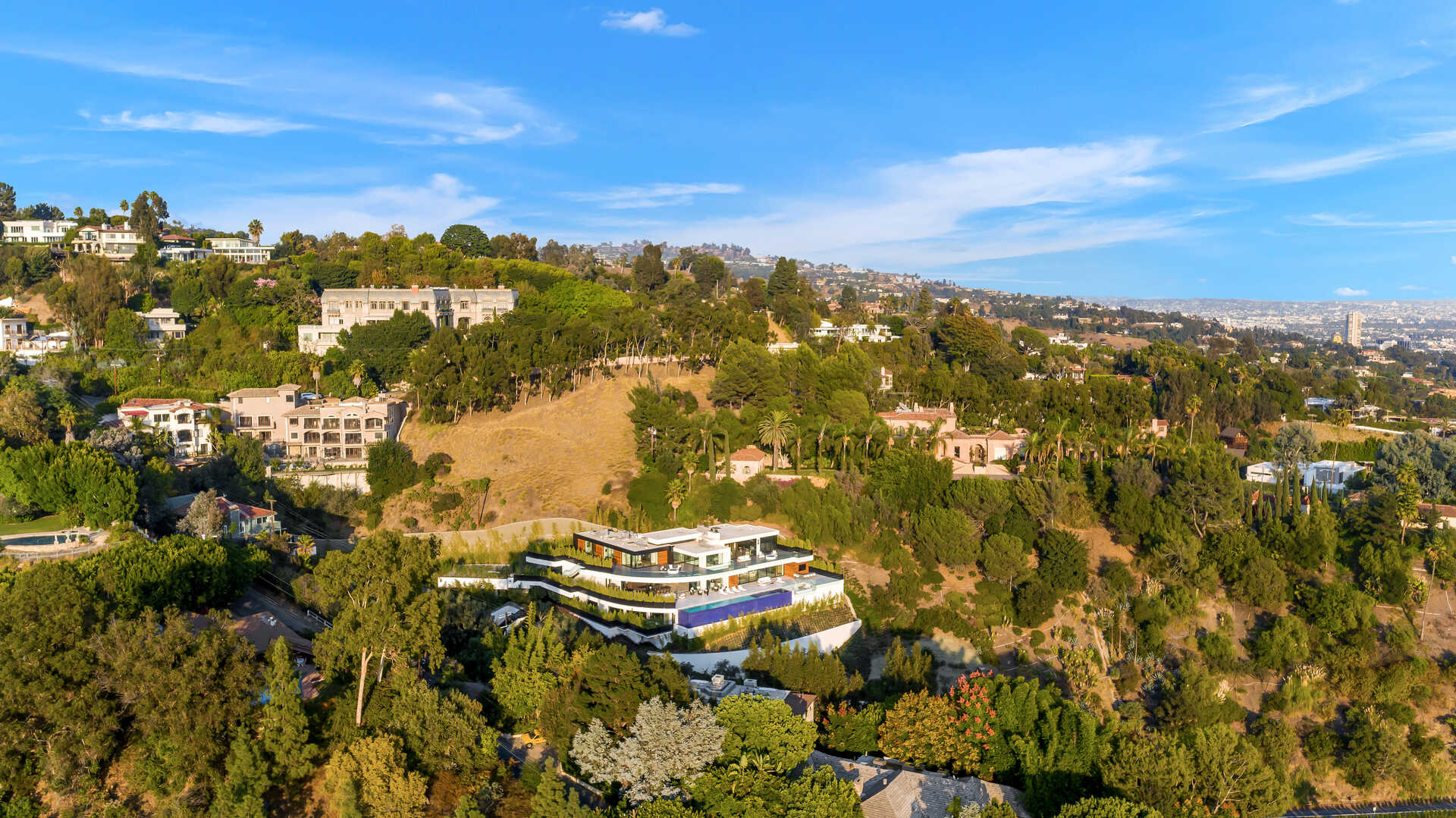 Beverly Hills Dazzaling Home