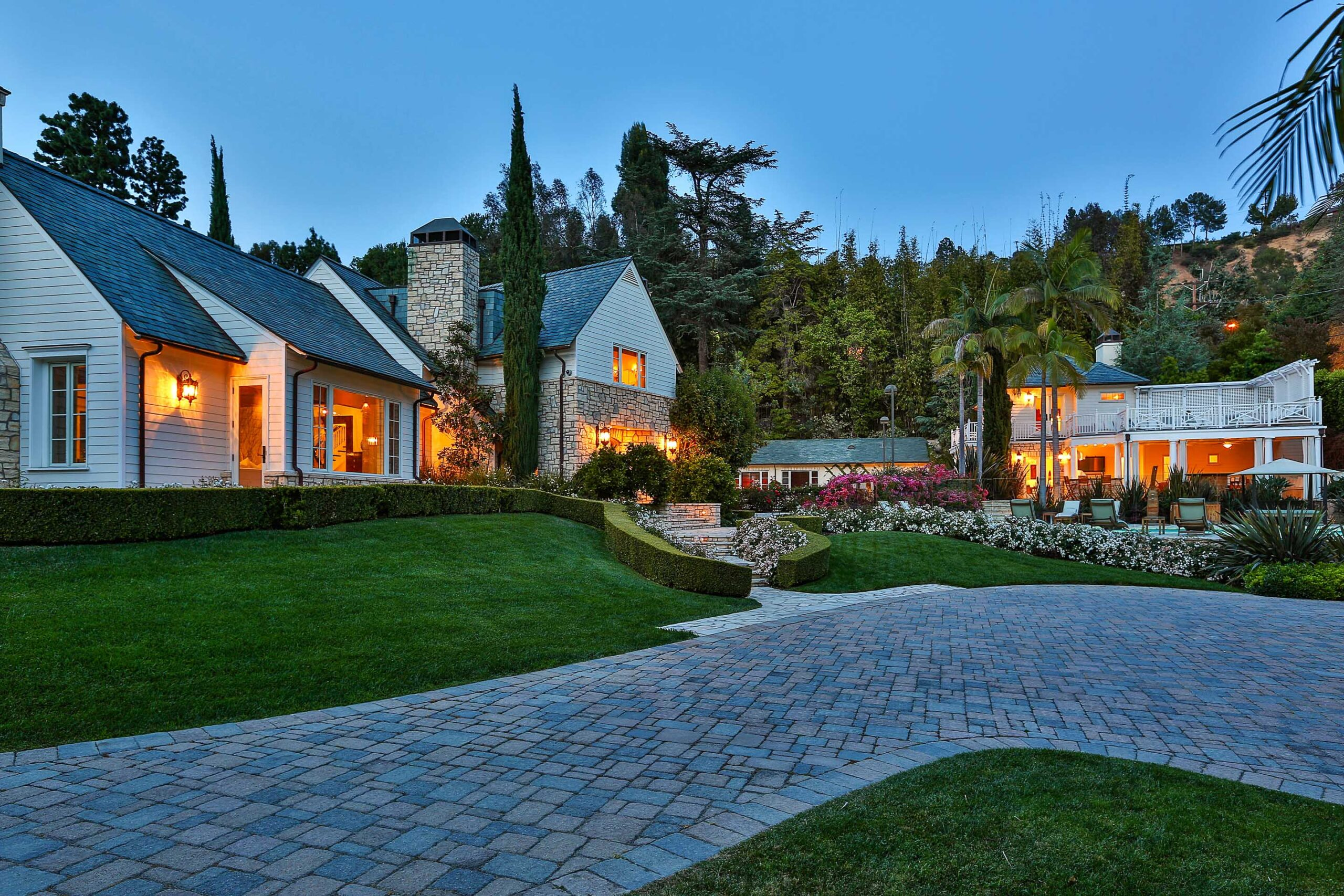 PAUL WILLIAMS-DESIGNED HOME IN THE COVETED 90210