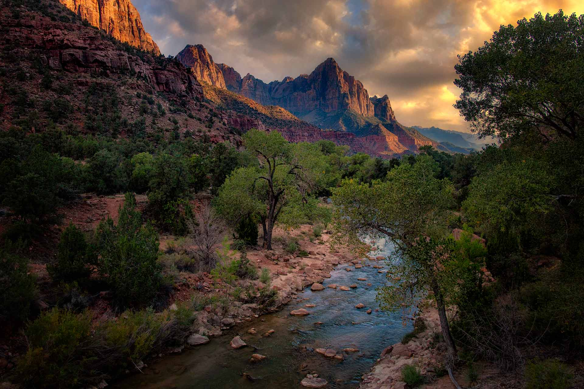 Watchman and Virgin R. - Zion NP   _MG_9338-1920