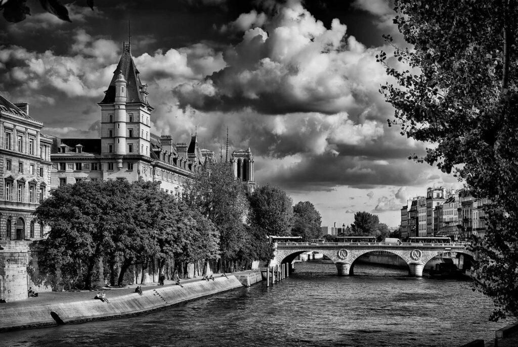 Pont Saint-Michel, Paris, FR