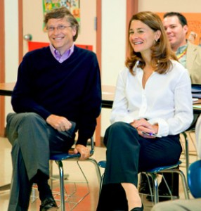 Bill and Melinda Gates at Lee High School in Houston during their Texas learning tour in 2008.