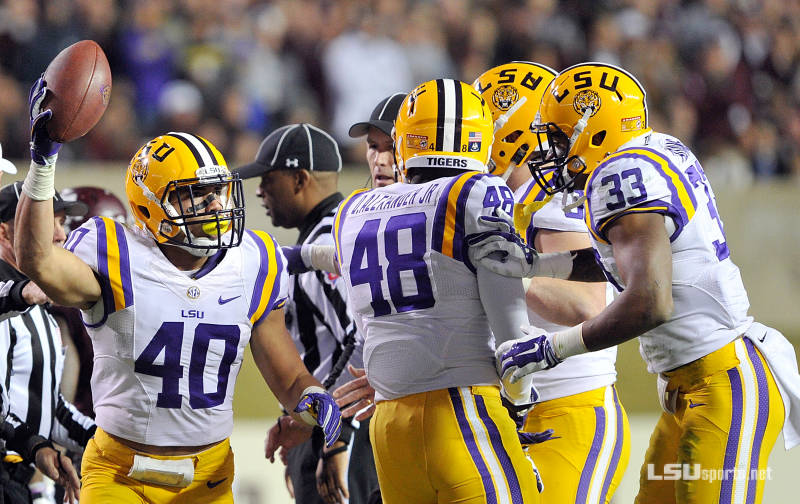Look for LSU to trounce Notre Dame 35-21 in the Music City Bowl