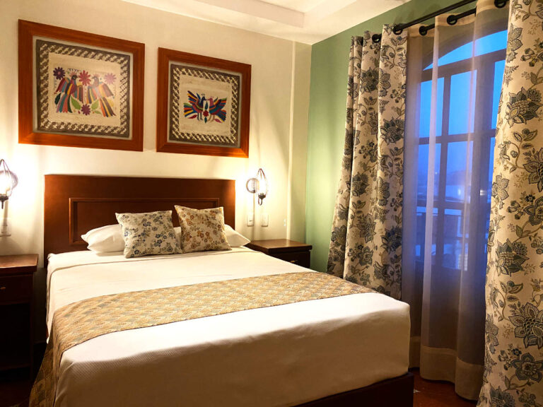 cortinas decorativas con tergal frances y black out, coordinado para cojines decorativos y pie de cama, cuadros decorativos artesanales