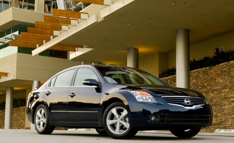 Nissan Altima - 8,892 Thefts