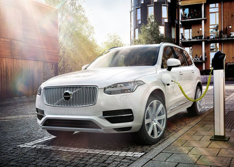 2016 Volvo XC90 T8 'Twin Engine'