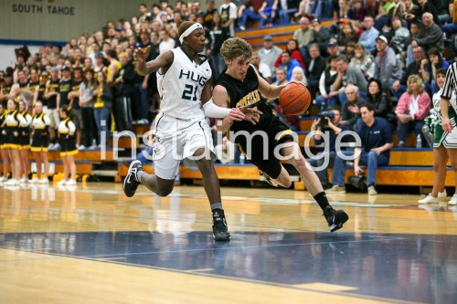 130214_Galena_instaimage_Boys Basketball_Drive