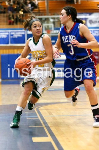 130216_Manogue_instaimage_Girls Basketball_Drive2