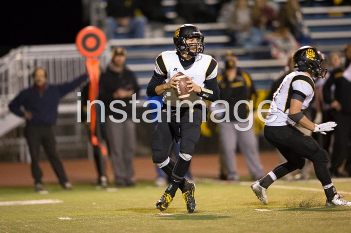 131018_instaimage_Galena High Football_Brock Raggio Looking