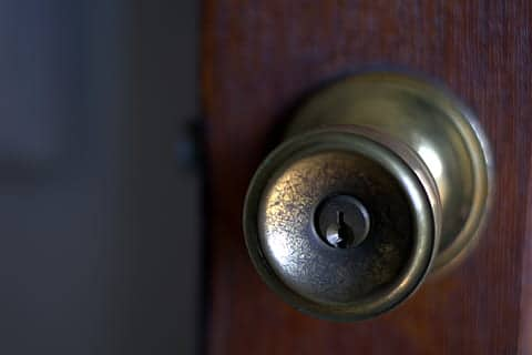What is Deadbolt Locks and how to choose the best