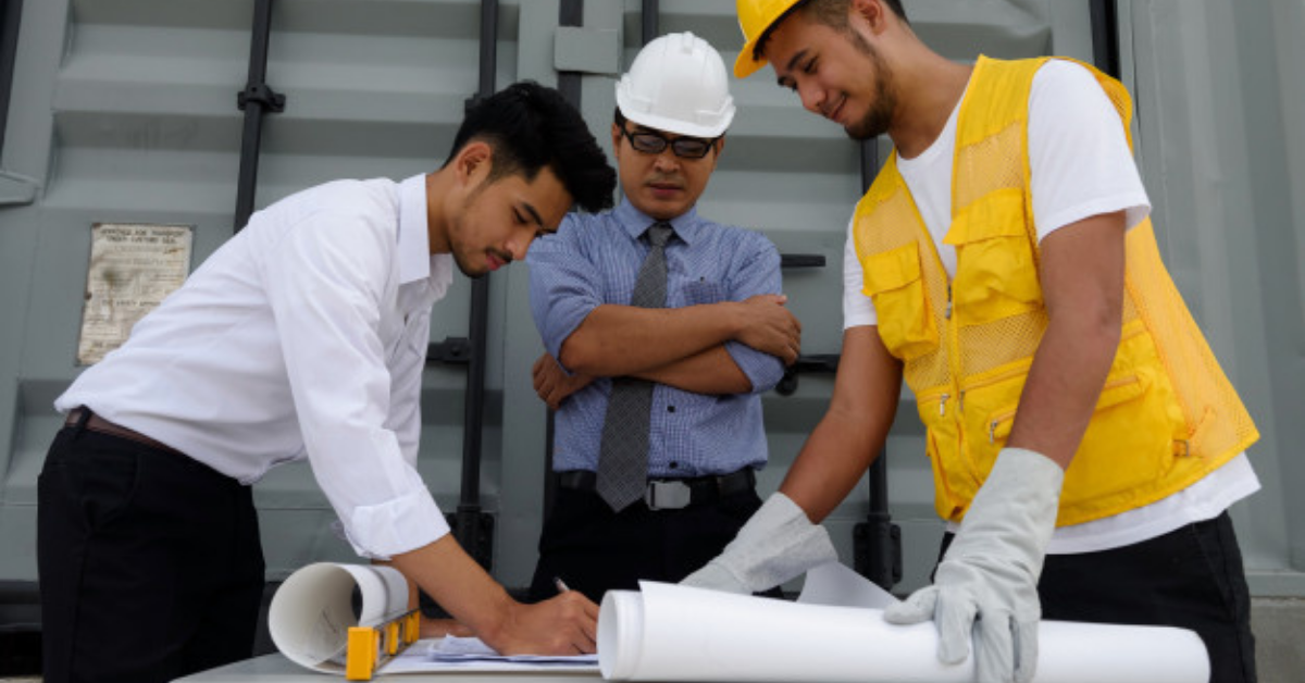 How Construction Field Reporting Software is Useful in Managing Field Service Technicians
