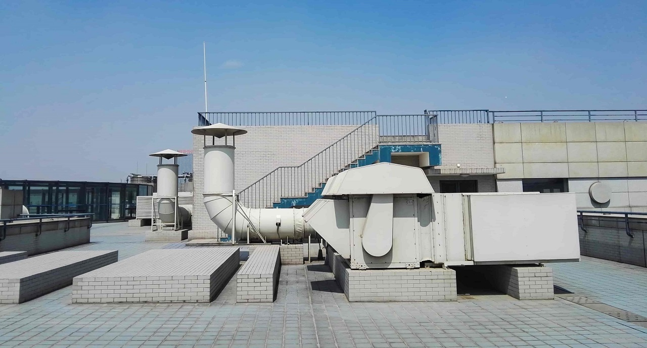 Duct Cleaning At Industrial Factories