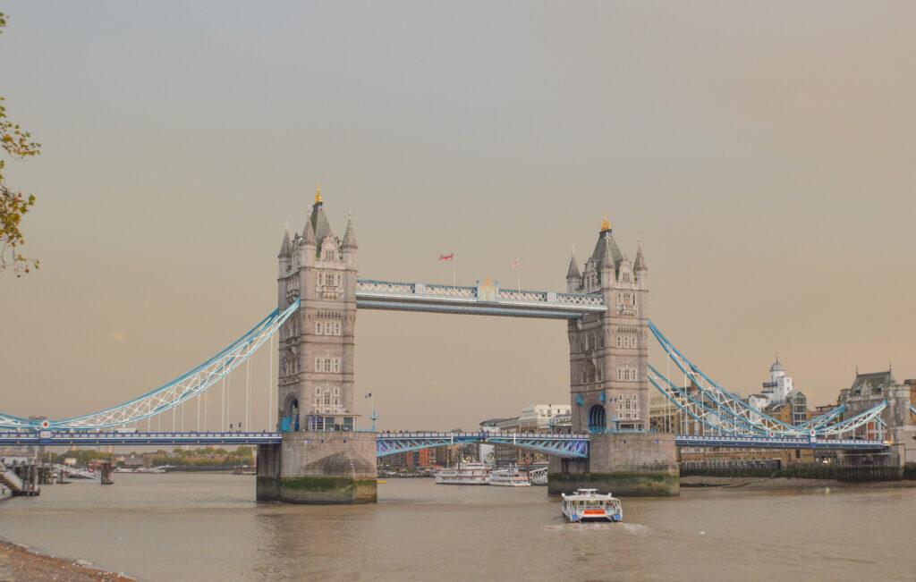 Tower Bridge - Rafiq Somani