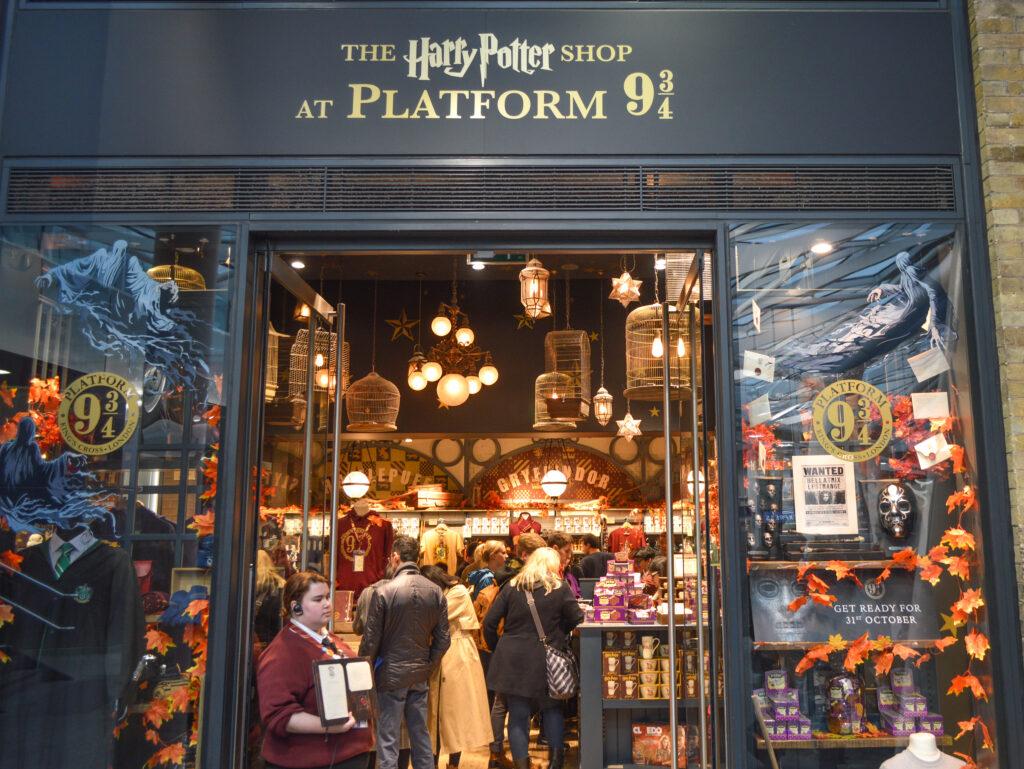 Harry Potter Shop at King's Cross Station's Platform 9 ¾, London @Rafiq Somani
