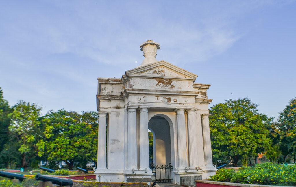 Ayi-Memorial-Pondicherry