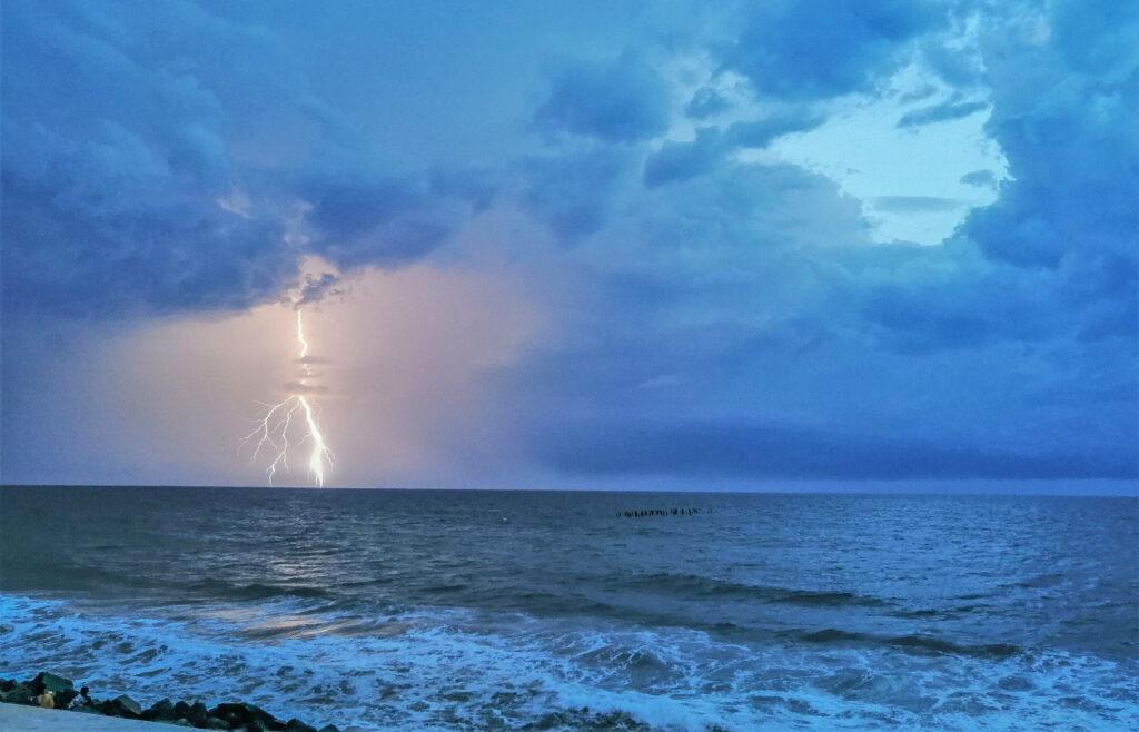 Lightning-at-Rock-Beach-Pondicherry