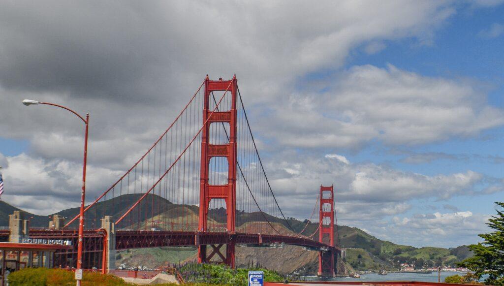 Golden Date Bridge