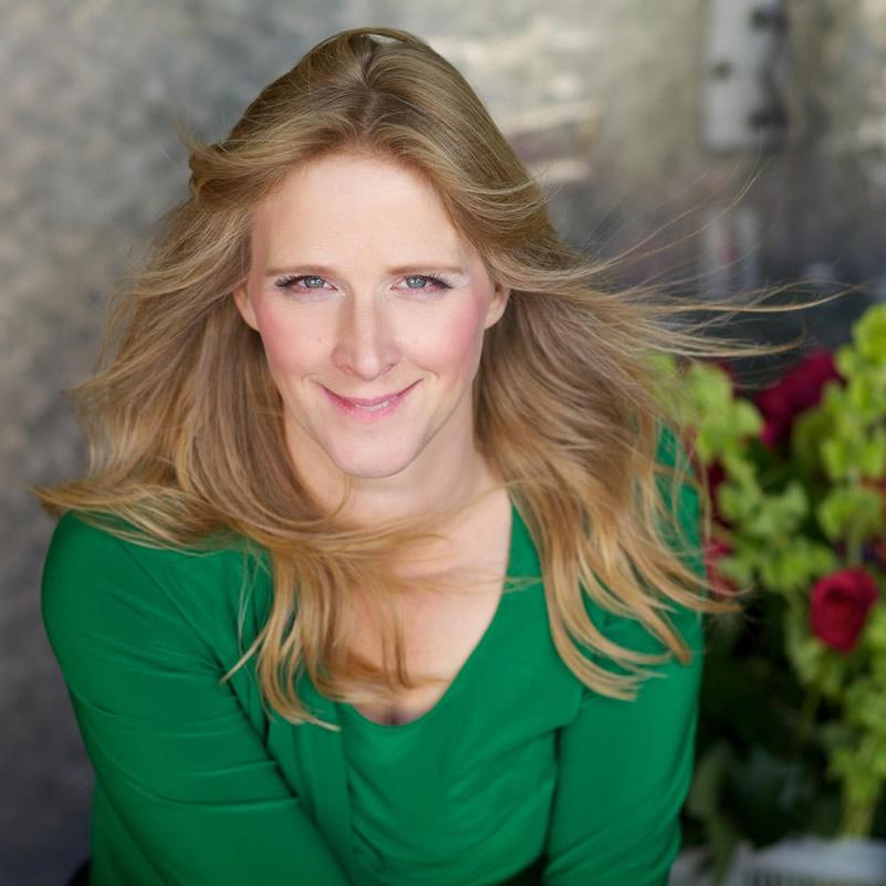 Lea Romanowski - Women of Inspiration