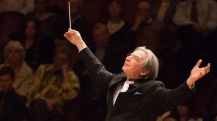 Maestro Michael Tilson Thomas. (Photo courtesy of San Francisco Symphony)